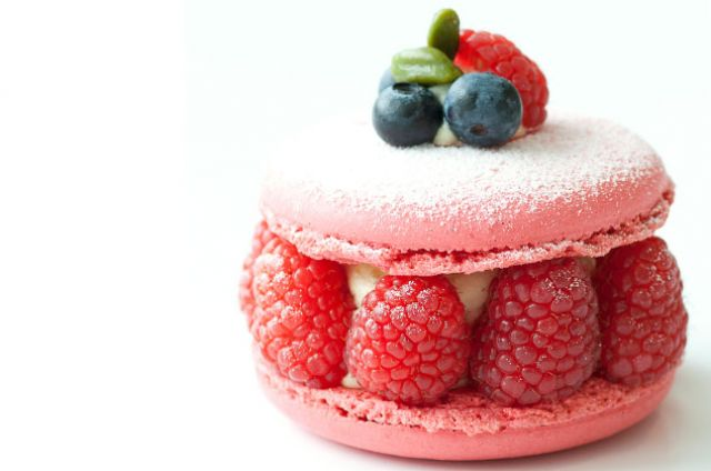 how to make raspberry macaron filling